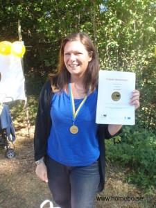 Så här glad blev Malin Nelson när hon äntligen fick sina medaljer!